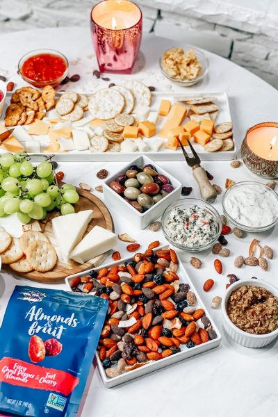 Cheese Board Blue Diamond Almonds & Fruit