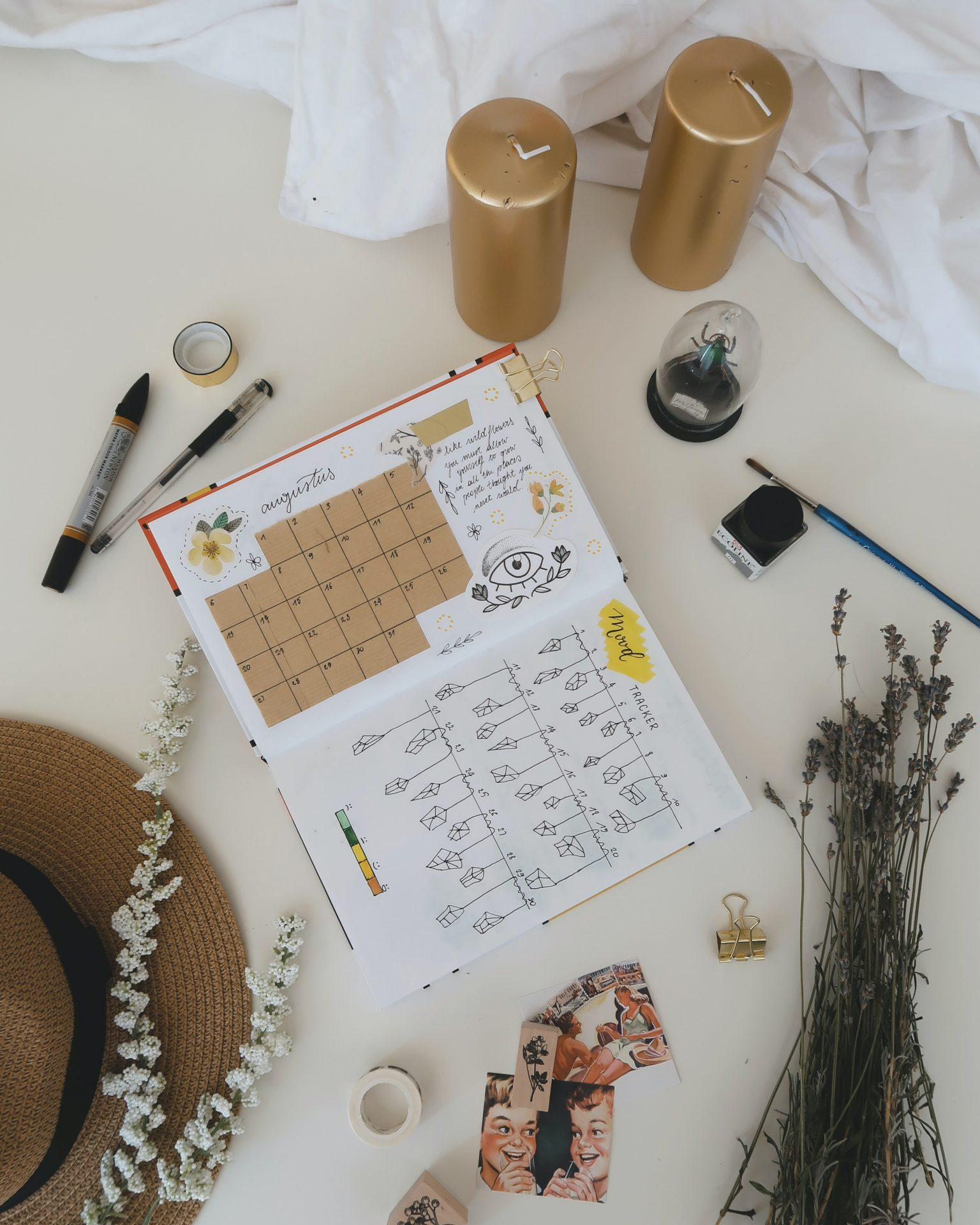Successful-people-Morning-Routine-Ideas-Tips-To-Empower-Your-Day-Change-Your-Life-Gratitude-Journaling-productivity