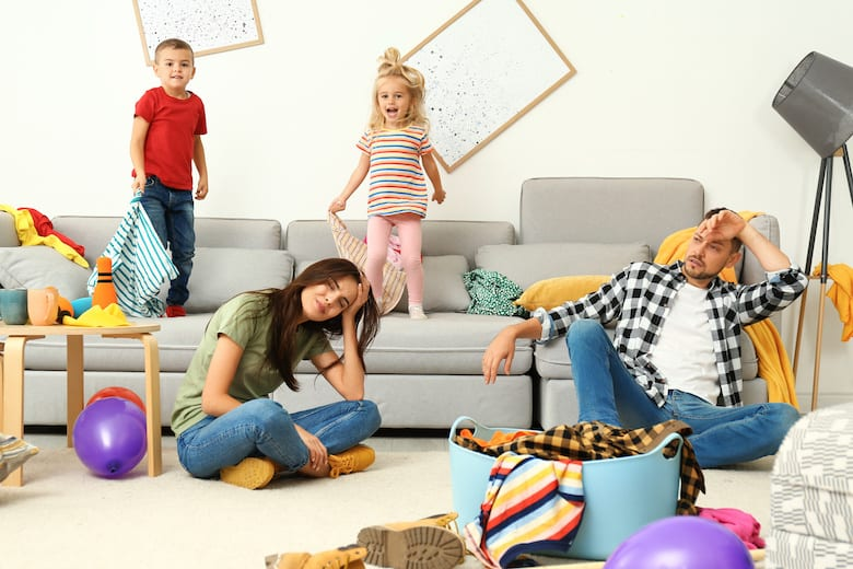 Conscious-Parenting-what-is-it-why-is-it-important-challenges-do's-don'ts-dr-shefali-tsabary-messy-kids